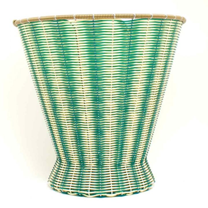 cream and green paper baskets