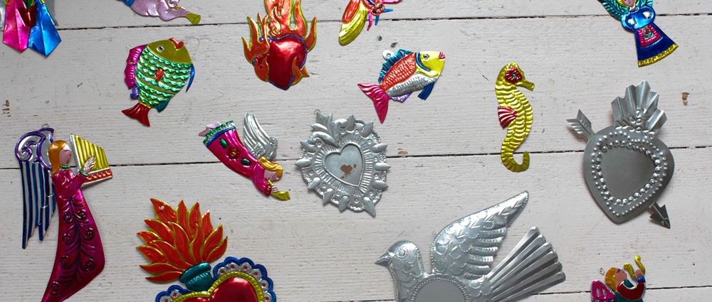 Tin decorations from Milagros